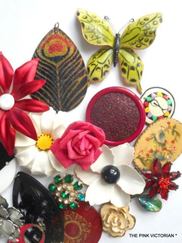 VINTAGE+JEWELRY+CRAFT+LOT%2CPENDANTS%2CCHARMS%2CBUTTERFLY%2CVINTAGE+METAL+ENAMEL+FLOWERS
