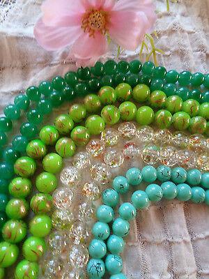 Verschiedene Perlen - Grüntöne- zum Basteln   4 Farben