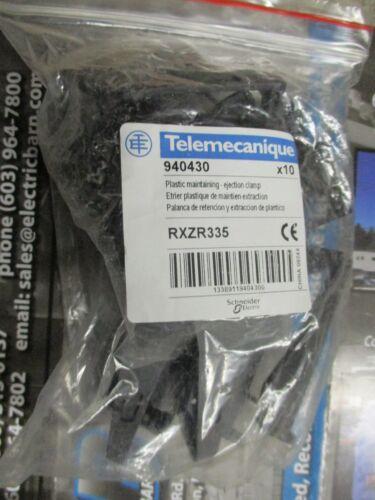 Telemecanique 940430/ RXZR335, (10) PLASTIC MAINTAINING EJECTION CLAMP  - NEW