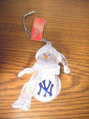 1~ NEW YORK YANKEES MINI BASEBALL ORNAMENT NEW WITH TAGS Mini Baseball Ornament