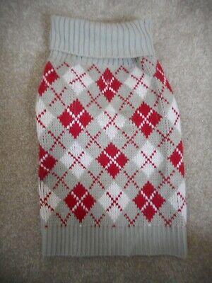 Dicken's Closet Red & Gray Argyle Dog Sweater Pet Size Medium (Red Argyle Dog Sweater)