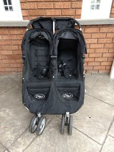 Twin stroller mini city select