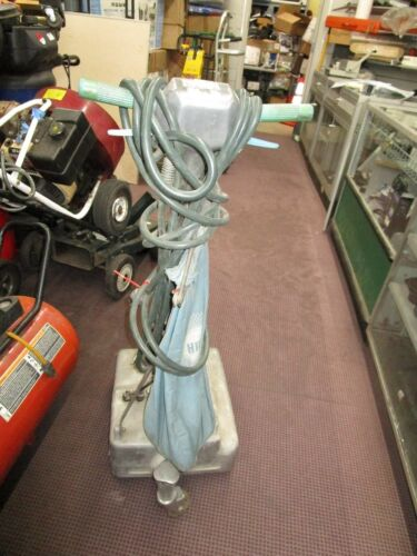 Hild 1112  Floor Machine Buffer Waxer Industrial Polisher