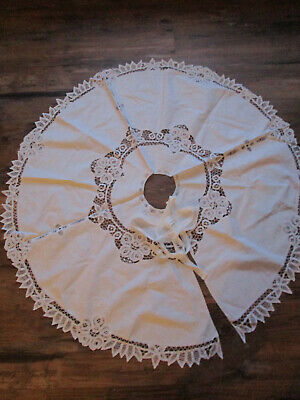 Vtg SNOWY White BATTENBURG Cutwork LACE Christmas TREE Skirt Embroidered 43""