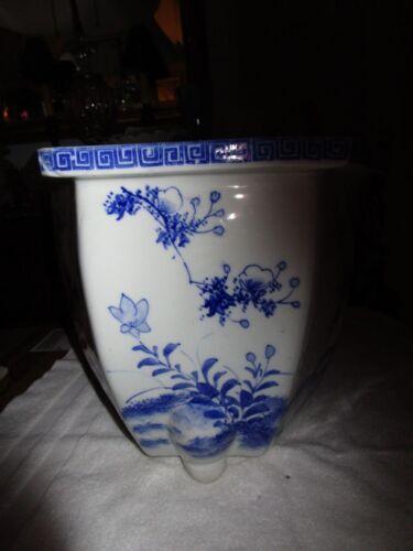 Large Antique Chinese Blue White Heavy Hexagon Jardiniere on Knee Leg Feet c1920