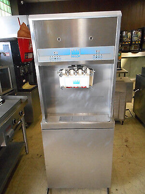 Taylor 8756 Soft Serve Ice Cream Yogurt Machine 3-phase Water Cooled