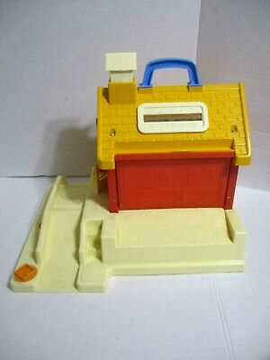 Fisher Price Little People School House #2550  Vintage 1988