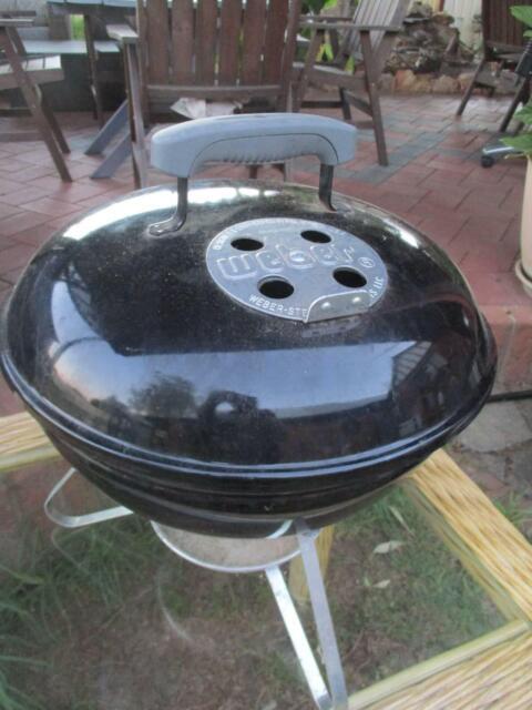 Weber Smokey Joe Table.Weber Smokey Joe Mini Table Top Bbq Bbq Gumtree Australia