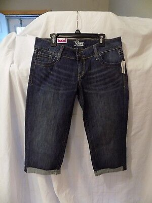 Old Navy The Diva Crop Jeans  Stretch Low Rise  Size 2  New