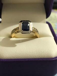 18 CT Gold Ladies Sapphire & Diamond Dress Ring Regents Park Logan Area Preview