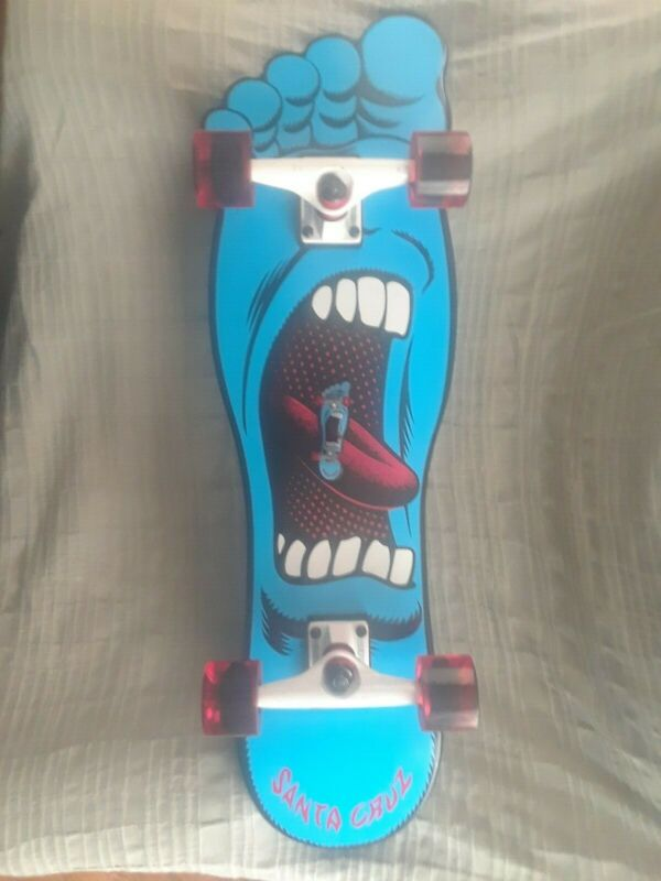 Santa Cruz Screaming Foot Factory Complete Skateboard Only 300 made + Tech Deck