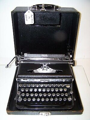 Antique 1937 Royal DeLuxe Vintage Typewriter #A-656169