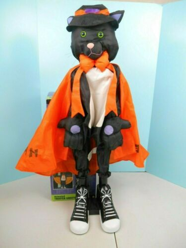Gemmy Animated Treater Greeter Black Cat with Cape