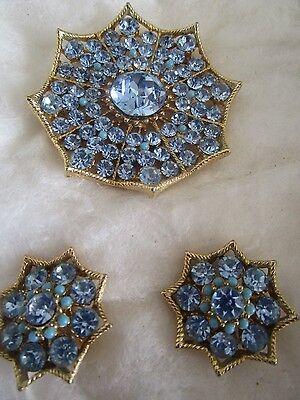 Vintage Costume Jewelry Gold-Stone Lt. Blue Rhinestone Broach & Clip-On Earrings