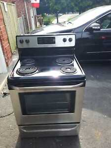New stainless steel stove, free delivery