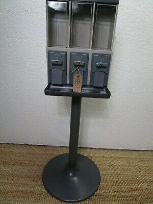 2  Vendstar 3000 Vending Machines New (2 per box)