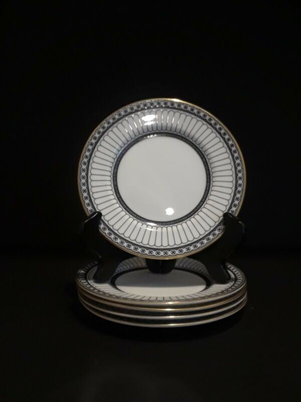 """5 Wedgwood Black Colonnade 6"""" Bread & Butter Plates in Exc. Cond."""