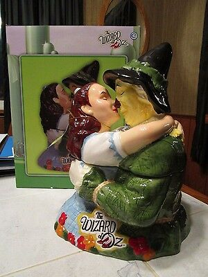 The Wizard of Oz Cookie Jar, Dorothy and Scarecrow  - NIB Westland