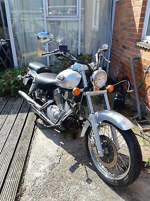 Suzuki VL125 Motorcycle