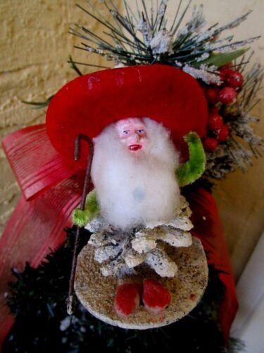 VINTAGE RARE ELF/GNOME PINECONE&PUTZ&MICA RED HAT COMPO FACE XMAS DECORATION