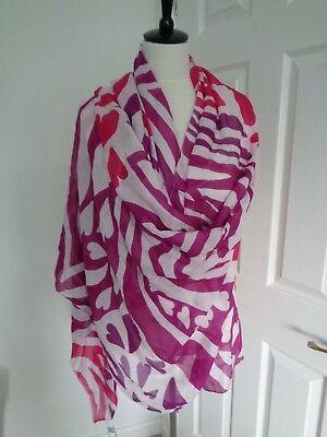 DVF Diane Von Furstenberg Pink Heart Pattern Modal Cashmere  Scarf Wrap Shawl