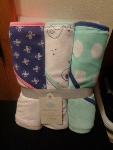 Cloud Island NWT 3 pack Hodded Bath Towels  Blue Purple White Pink 30 in x 30 in