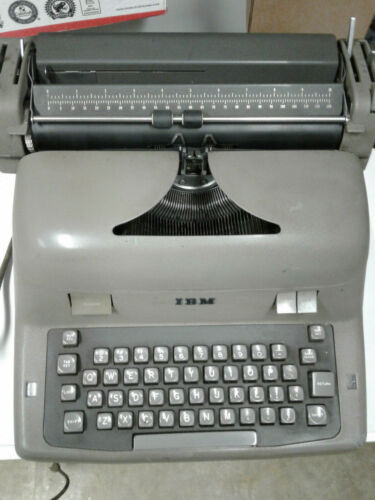 IBM ELECTRIC TYPEWRITER MODEL 11-C 1957 VINTAGE