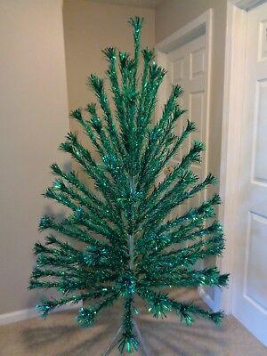 Vintage Peco Green Aluminum Pom Pom 6' Christmas Tree 91 Branches IOB