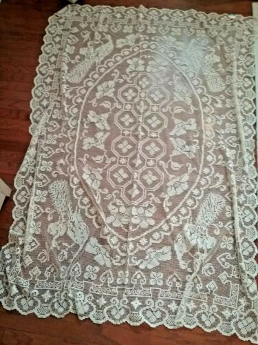 Vintage cream Handmade Cotton Tuscan Lace tablecloth