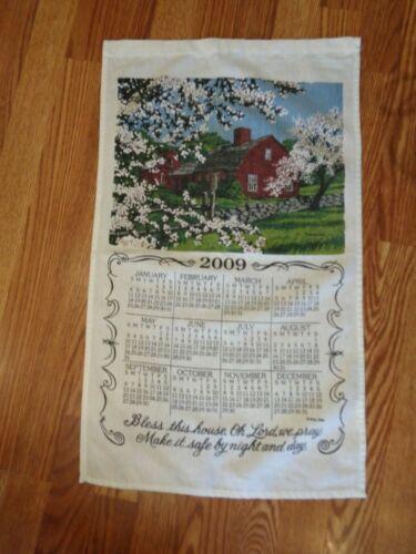 2009 FABRIC KITCHEN LINEN WALL CALENDAR LOG CABIN TREES FLOWERS PRETTY 16X27 EUC