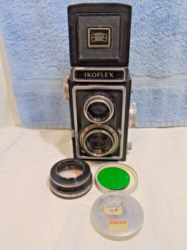 Zeiss Ikon Ikoflex TLR Camera Novar-Anastigmat 75mm f3.5 Lens