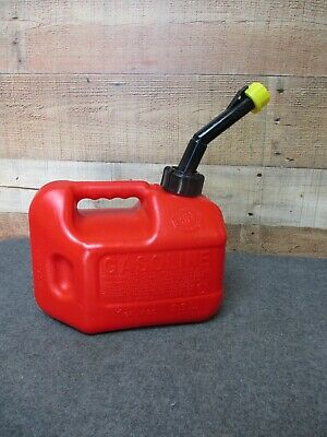 Vintage Blitz 1 Gal 4 Oz Plastic Gas Can With Old Style Spout Yellow Cap