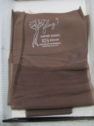 1PR VINTAGE FLING ACTIVE SHEER  RHT SUPPORT NYLON STOCKINGS SIZE 10 1/2 M TAUPE