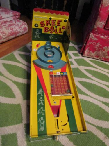 Vintage Marx Tin Litho Automatic Score SKEE BALL Game Complete 8 Wood Balls 50s
