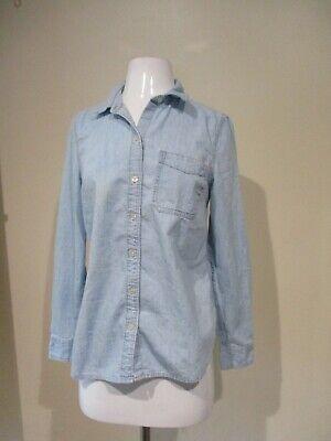 Old Navy Light Blue Denim Button Down Shirt Blouse Top Sz M**