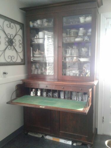 1790 BEACON HILL, MA. ESTATE-SECRETARY WITH BOOKCASE-IMPORTED FROM GREAT BRITAIN