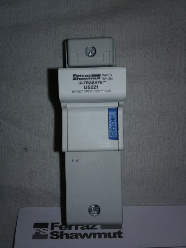 Ferraz-Shawmut US221 Ultrasafe Fuseholder E331158F, New (1 unit)
