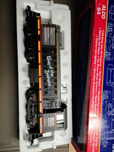 USA TRAINS ALCO S4  R22553 Burlington Route Zepher, STILL IN ORIG. BOX, W/MANUAL