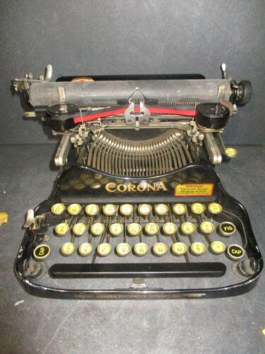 VINTAGE CORONA 3 FOLDING TYPEWRITER W/CASE CIRCA 1917  WORKS