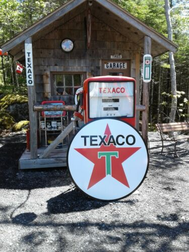 XTRA LARGE  37 INCH VINTAGE STYLE  TEXACO GASOLINE SIGN
