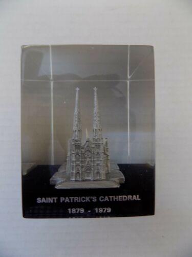 St Patricks Cathedral Paperweight 100th Anniversary 1979 New York HTF RARE