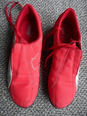 PUMA ASTRO TURF FOOTBALL BOOTS - SIZE UK 7- EUR 40 - RED -