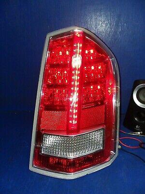 12 13 14 Chrysler 300C LED tail light Right OEM 68154602AC HH25