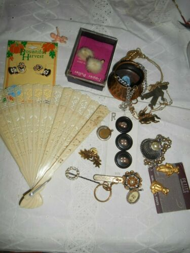 Vintage Junk Drawer Lot of Miscellaneous Items  Jewelry Fan Tack Pin Zipper  #14