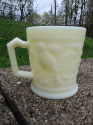 LENOX IMPERIAL GLASS OPAQUE CUSTARD WHITE BIRD COFFEE TEA CUP MUG