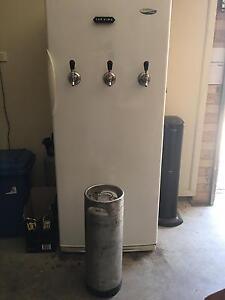 Keg fridge Greta Cessnock Area Preview