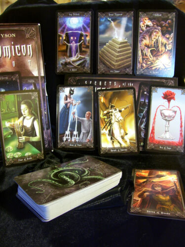 SEALED NEW ~ NECRONOMICON TAROT CARDS & BOOK SET ALHAZRED MAGNETIC CLOSURE BOX