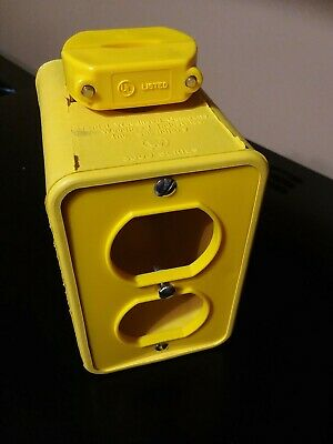Daniel Woodhead 3000 New Neotex Multiple Outlet Box With Cover Plates
