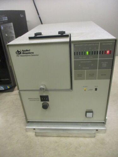 APPLIED BIOSYSTEMS 757 ABSORBANCE DETECTOR_POWERS UP_OVERPROTECTED SHIPS FAST!~