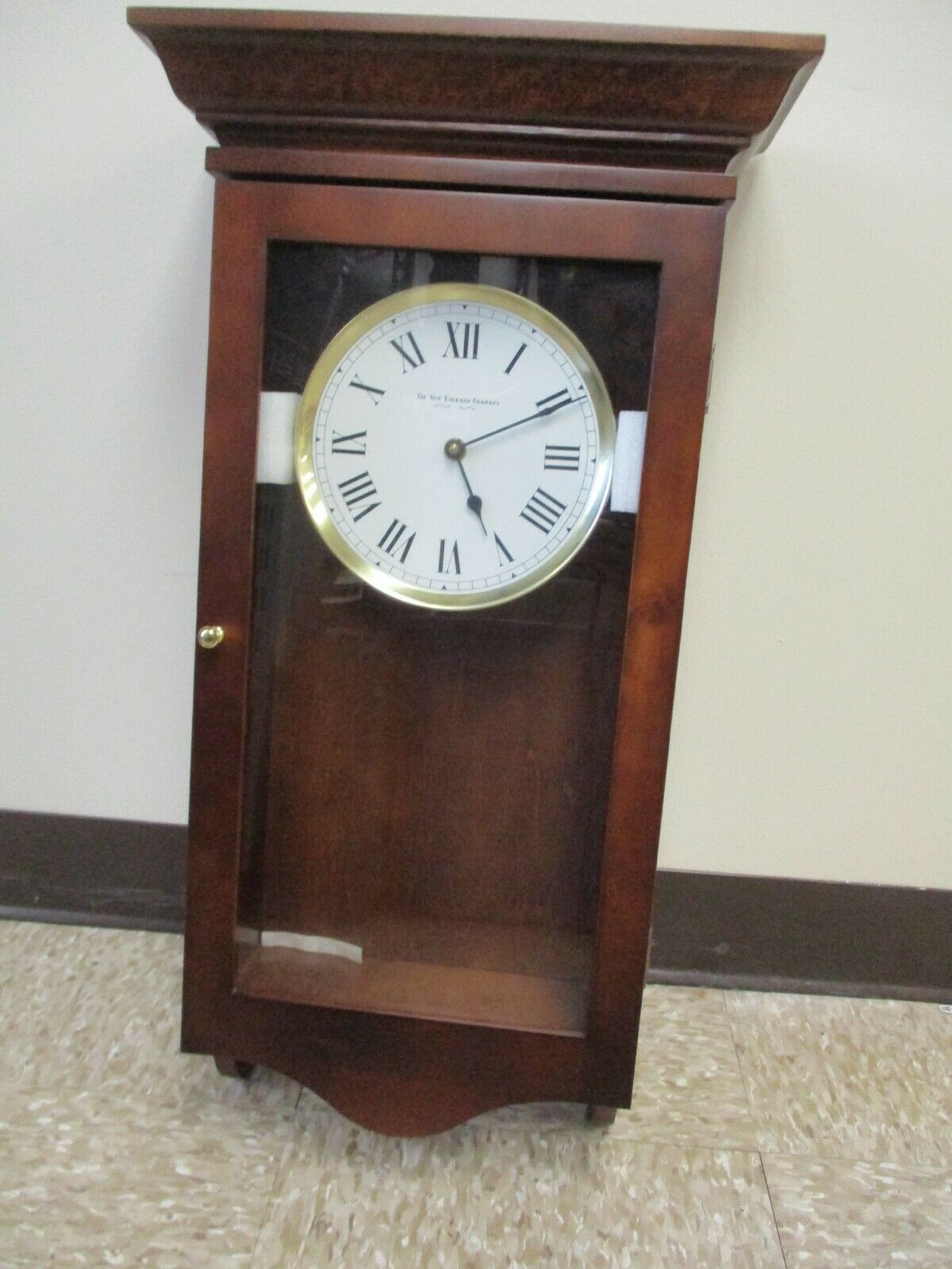 "New England Clock Co 25"" Wooden Pendulum Wall Clock~ New In Box~ No Chimes"